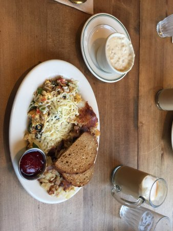 Calico Cupboard Cafe & Bakery: photo0.jpg