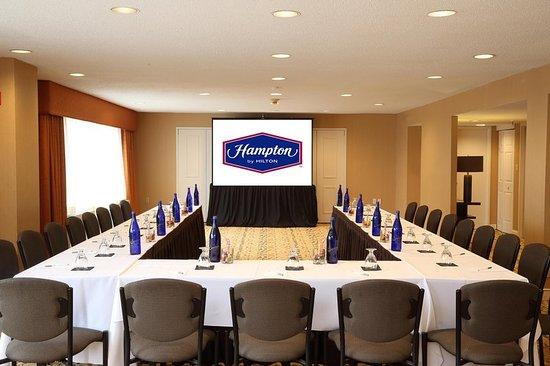 แฮมป์ตันอินน์ บอสตัน เนทิค: Functional Meeting Rooms
