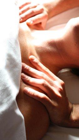 Couples massage nail