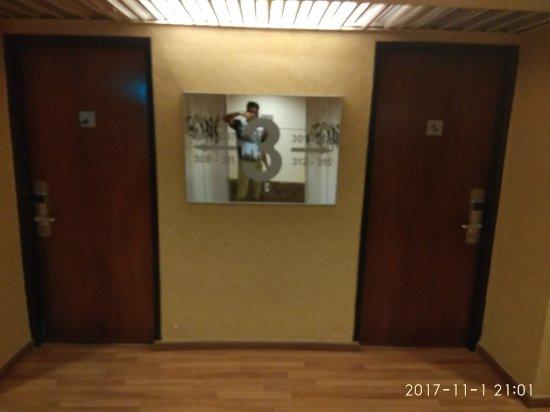 Strand Hotel: IMG_20171101_210142_large.jpg