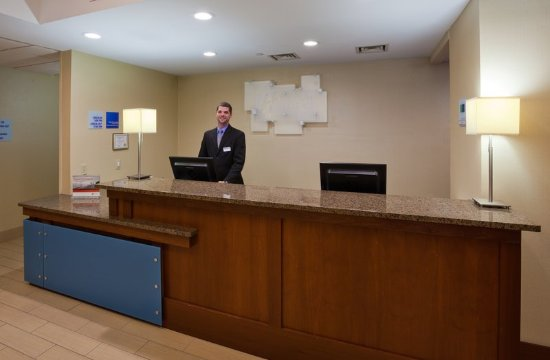 Welcome to our Holiday Inn Express Cedar Rapids (Collins Road)