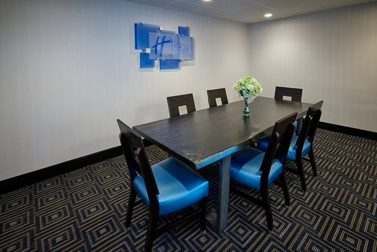Pelham, AL: Board Room