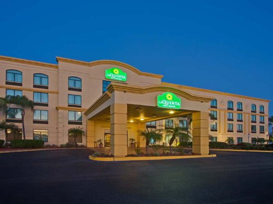 La Quinta Inn & Suites Clearwater South: ExteriorView