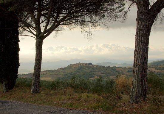 Fratta Todina Picture