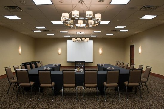 Itasca, IL: Break-Out Room for your meeting near Schaumburg & O'Hare Airport