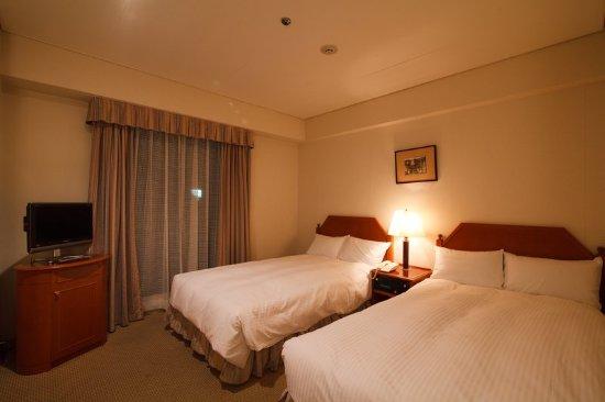 Crowne plaza ana nagasaki gloverhill bewertungen fotos for Media room guest bedroom