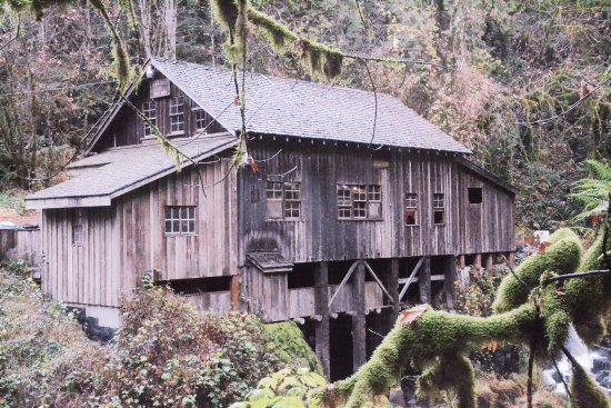 Woodland, WA: The grist mill, taken from the covered bridge.