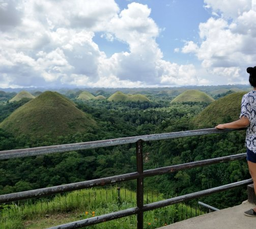 Lapu Lapu, Filippinerna: A very beautiful view of Chocolate hills.