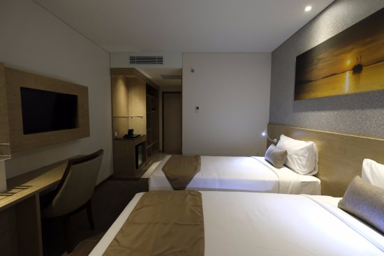 Lippo Cikarang Mall: Twin Bed Room