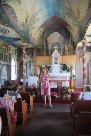 Honaunau, HI: Explanation of the paintings