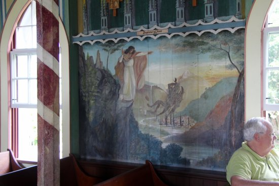 Honaunau, HI: Spiritual murals