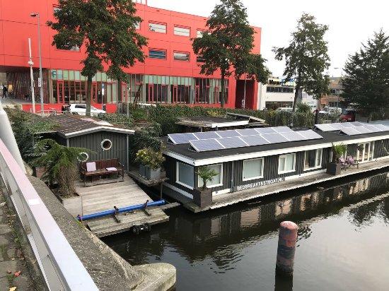 Foto di bed breakfast boat amsterdam for Houseboat amsterdam prezzi