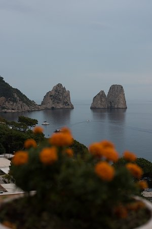 Hotel Weber Ambassador Capri Photo