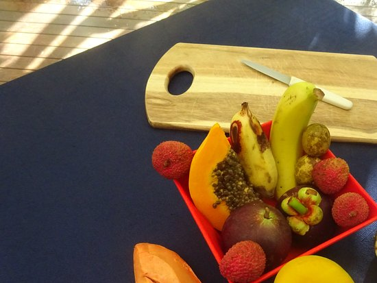 Cape Tribulation, Australia: Breakfast fruit