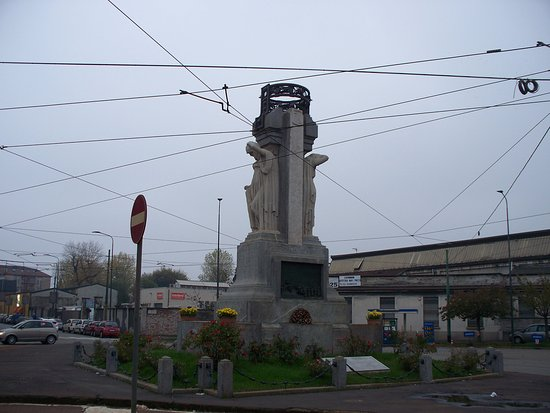 Statua di Santorre di Santa Rosa