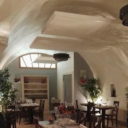 Saint-Maurice, Zwitserland: Salle à manger de l'Ecu du Valais