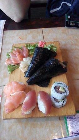 Sint-Martens-Latem, بلجيكا: Good sushi