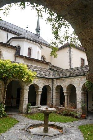 Saint-Maurice, Zwitserland: Le cloître