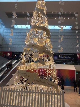 Bluewater Shopping Mall: photo2.jpg