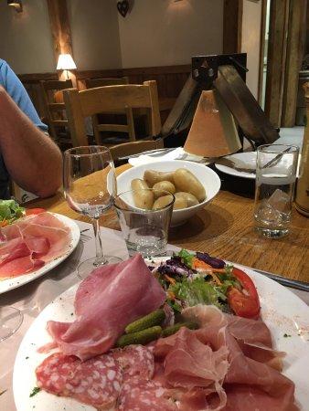 La Croix Saint-Maurice Hotel Restaurant : photo2.jpg