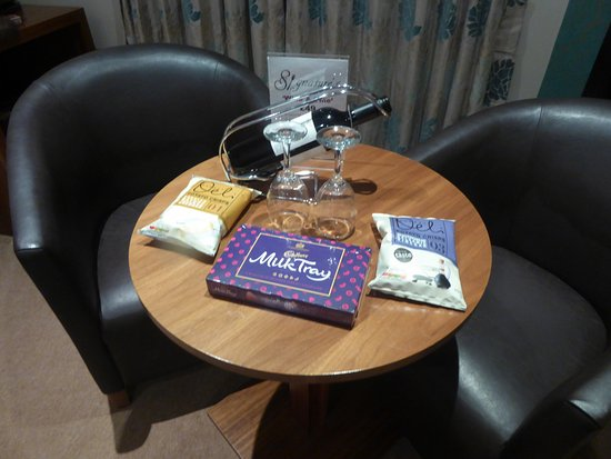 Kimberley Hotel: Welcome gifts..