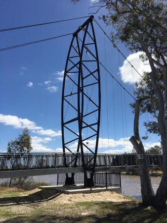 Horsham, Australië: Anzac Centenary Bridge