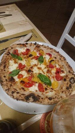 Mongardino, Italië: DSC_1085_large.jpg