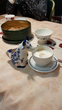 Katwoude, The Netherlands: Gisteren erg genoten van alles op de Simonehoeve. Een warm ontvangst door Wies en Wilma en 'n le