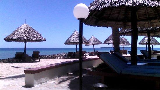 Hotel White Sands - The Beach Resort: IMG-20171113-WA0011_large.jpg