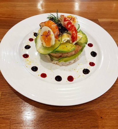 Potterspury, UK: Crayfish and avocado special