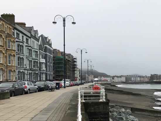Aberystwyth, UK: Southern end