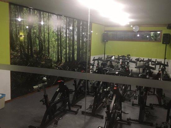 Vilamoura, Portogallo: Our Cycling room!