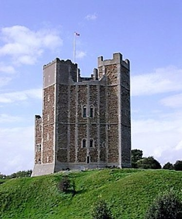 Cookley, UK: Explore the local medieval castles in the area