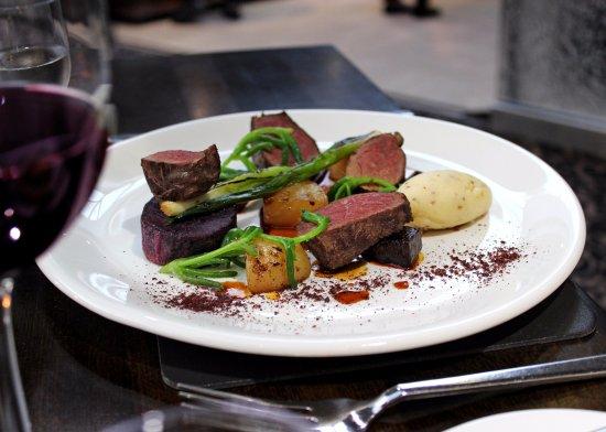 Albourne, UK : Venison at The Glass House Restaurant