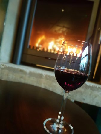Ickenham, UK: Try a winter warmer of mulled wine at Home Bar & Kitchen