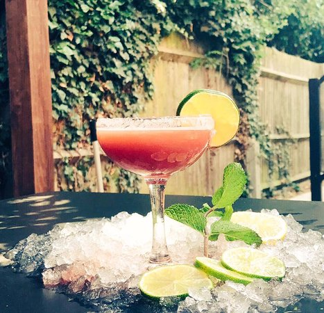 Ickenham, UK: Enjoy a happy hour Summer Daquiri, 2-4-1 from 4-8pm weekdays