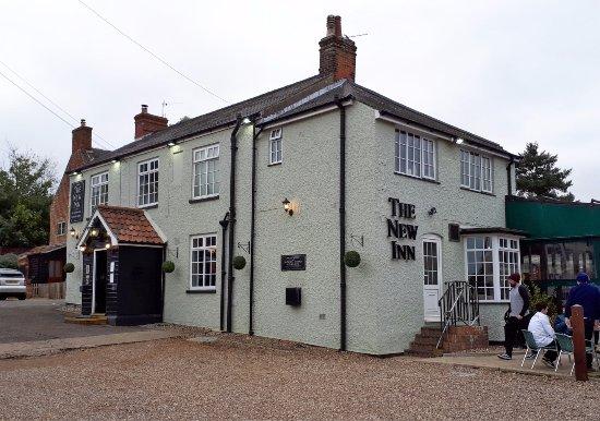 The New Inn (from Lower Street, Horning)