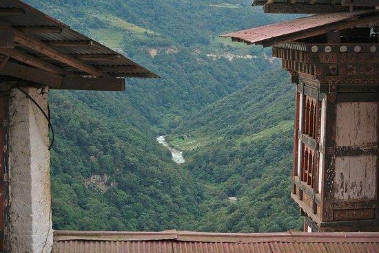 Yuelkor Tours & Travel
