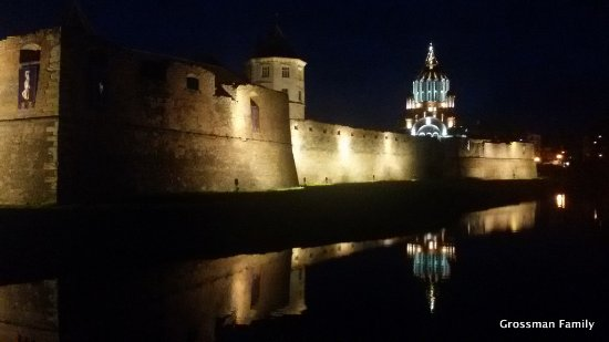 Fagaras Fortress at night - フ...