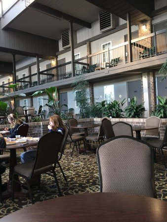 Clarion Hotel & Conference Center: photo4.jpg