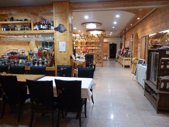 Things To Do in Oeam Folk Village, Restaurants in Oeam Folk Village