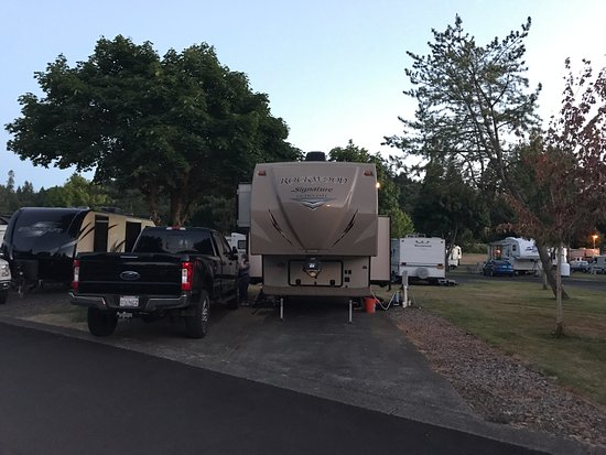 Kelso, WA: Brookhollow RV Park