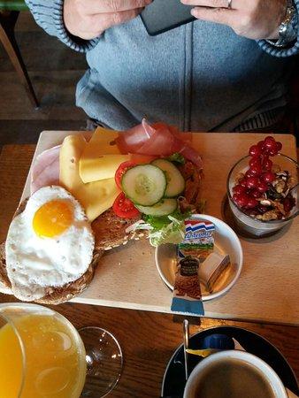 Oostburg, Países Bajos: het ontbijt