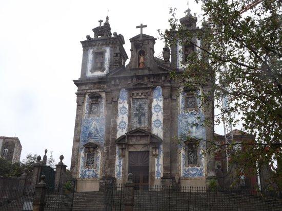 Porto District, Portugal: Fronton bogato zdobiony białoniebieskimi kafelkami - azulejos