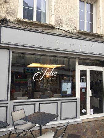 La table de julie chartres restaurant avis num ro de - La cuisine de julie france 3 ...