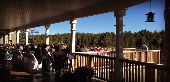 Edgewood Inn: Indoor/Outdoor Wedding Balcony