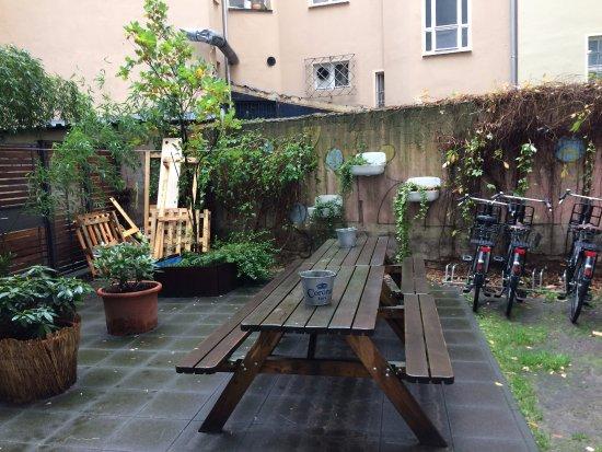 Wombat's Berlin: Área externa de confraternização