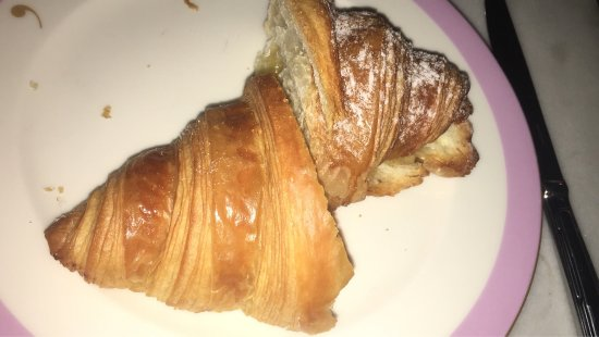 Lily's Cafe and Pastries: photo1.jpg