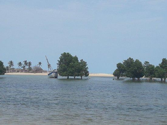 Belo Sur Mer, Madagascar: 20171111_090208_large.jpg