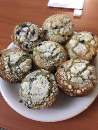 Orange, MA: Blueberry muffins at the Valley Farm Cafe!
